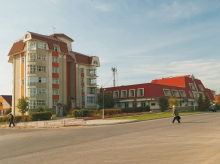 Односекционные жилые дома с пристроенным домом Быта